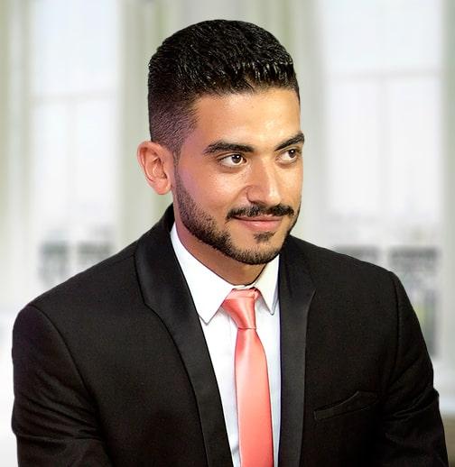 أحمد على . مؤسس موقع رزليوشن